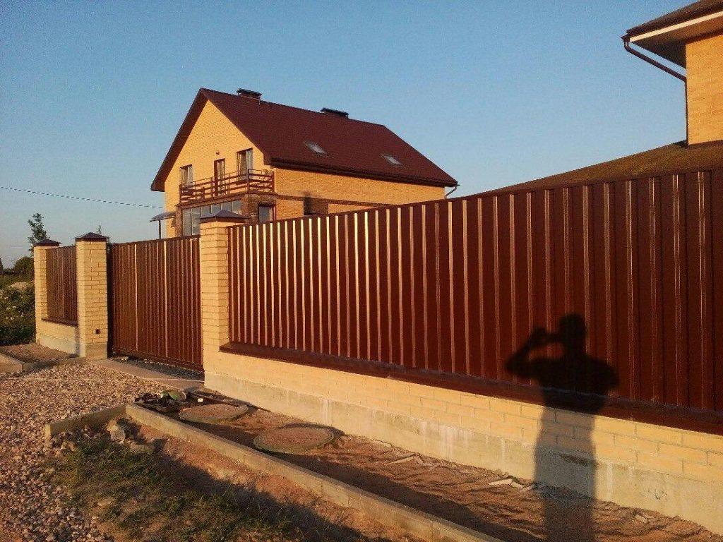 Изображение примеры работ откатных ворот компании «Ворота Юг Монтаж» .